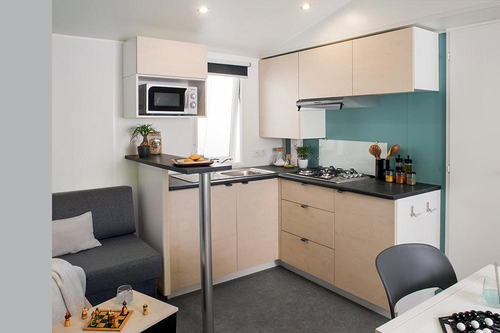 mobil-home 3 chambres cuisine Le Garrit en Dordogne