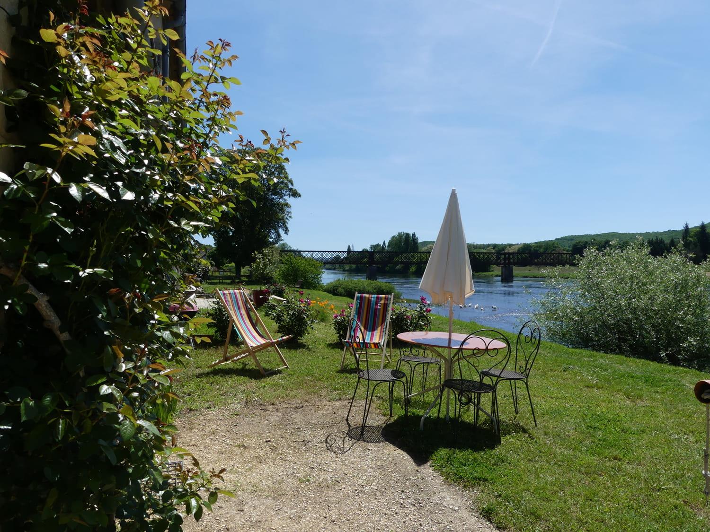 Gîte jardin et Dordogne (1)
