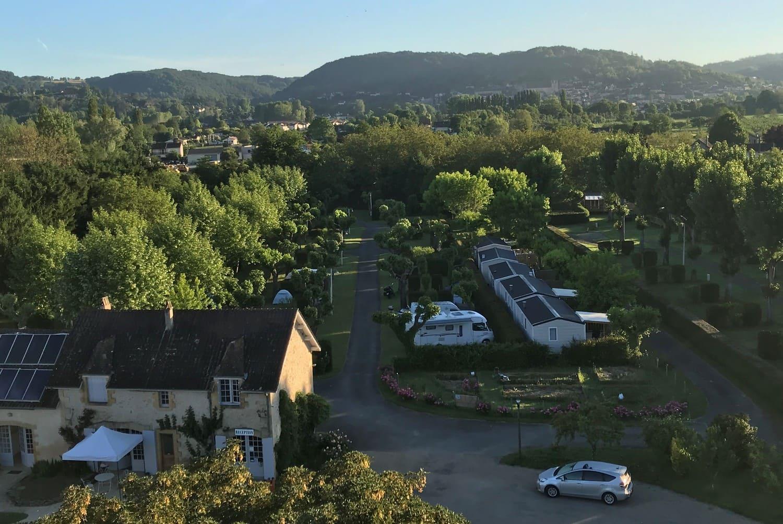camping au bord de rivière Dordogne périgord noir
