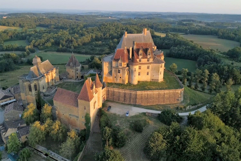 Chateau de Biron en Perigord noir