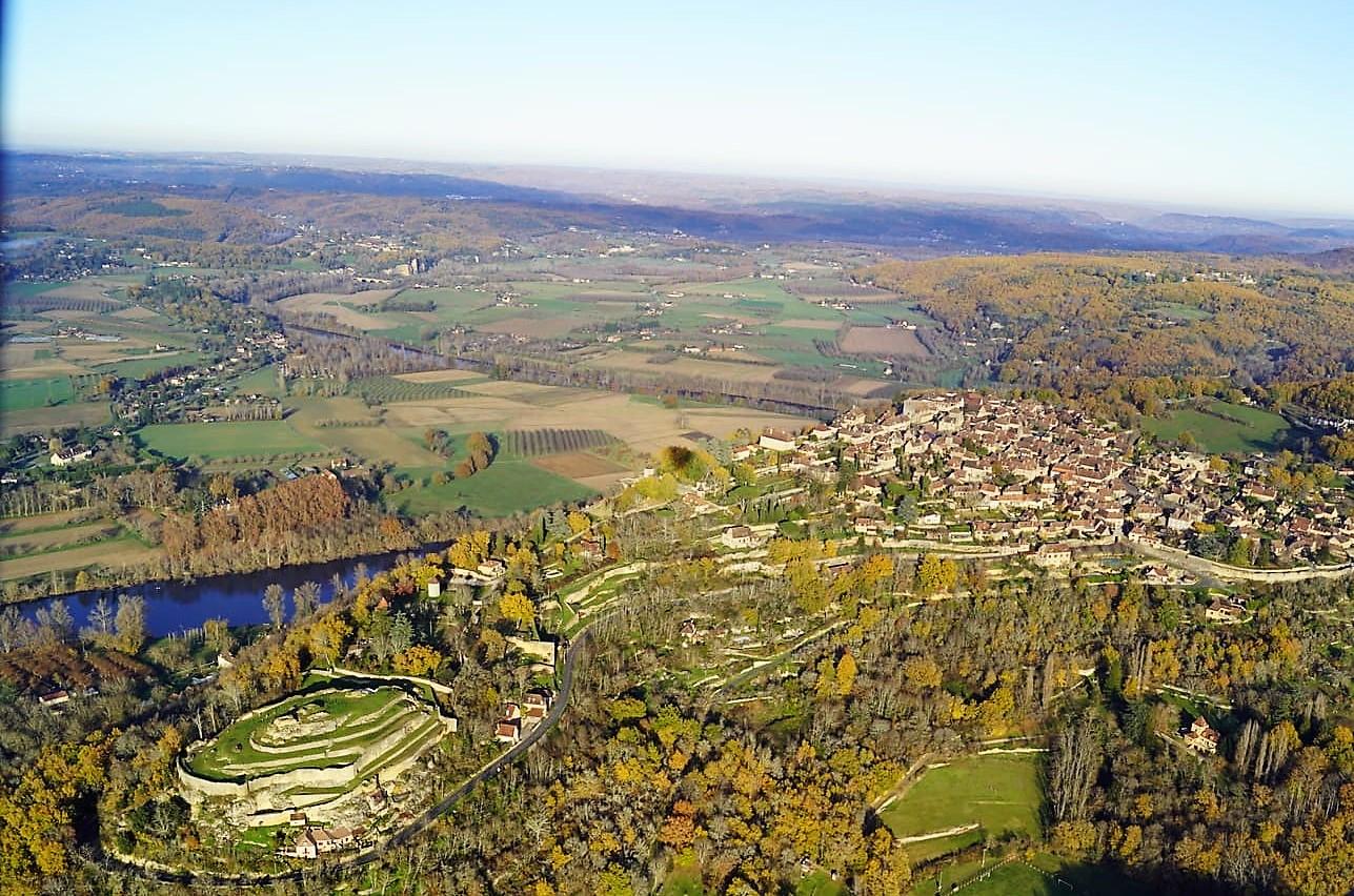 Domme et Château du Roy en Dordogne